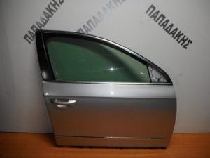 VW Passat 2005-2011 πόρτα εμπρός δεξιά ασημί
